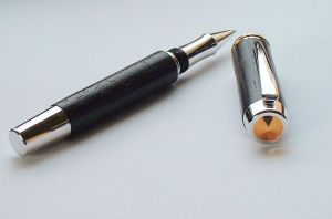 TRADITIONAL DESK PEN (Rollerball Version)