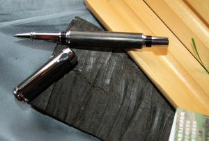 IRISH COLLECTION BOG OAK - Chrome Plated Rollerball Pen