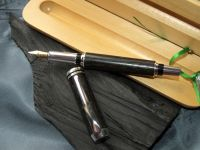IRISH COLLECTION BOG OAK - Silver Plated Fountain Pen